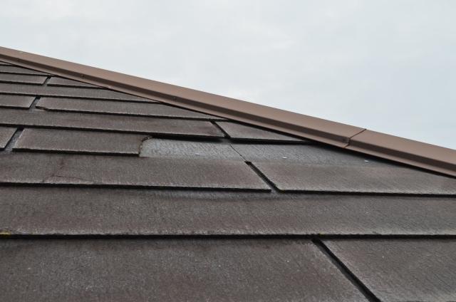 屋根の雨漏りの原因
