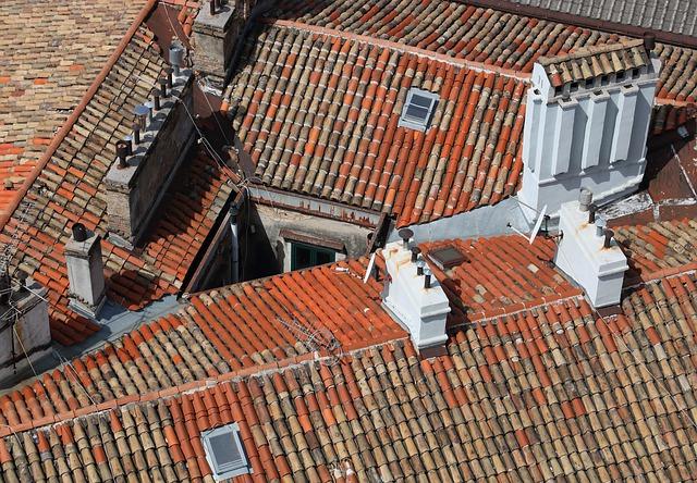 屋根メンテナンスは必須!屋根を長持ちさせる為に必要なメンテナンス法とは?