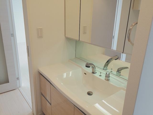 洗面所の掃除道具は用途別にまとめて収納がベスト!